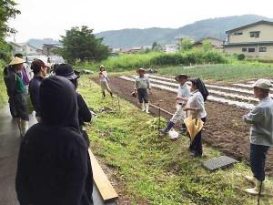 飛騨高山えごま研究会研修風景